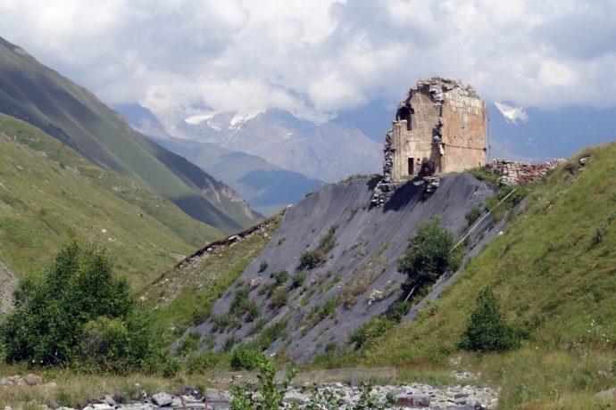 В Северной Осетии выделят 15 млн рублей на реставрацию храмов