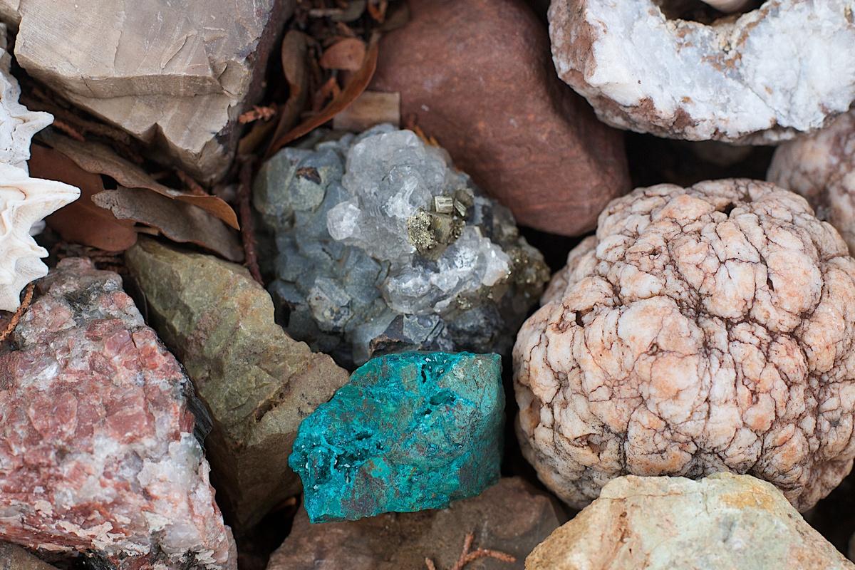 того, полезные ископаемые алтайского края фото если ваши