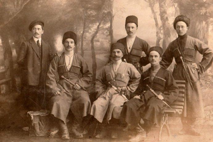 В селении Камунта презентовали книгу о переписи населения осетинских обществ