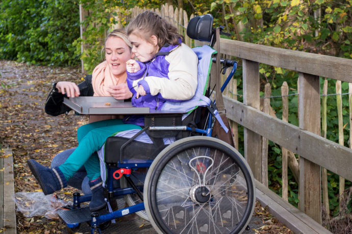 В России увеличен размер выплаты родителям, ухаживающим за детьми-инвалидами